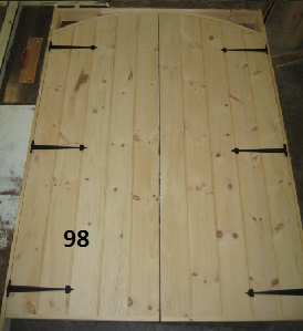 Double arch top door